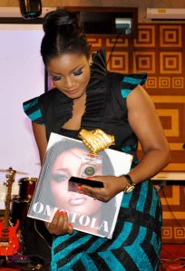 photo (9) OMOTOLA_AGN_Honour